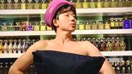 Trấn Thành, Châu Bùi và dàn sao 'bắt trend' trào lưu lấy gối làm váy
