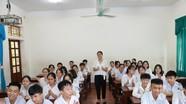 Một lớp học ở xứ Lường có gần nửa học sinh đậu lớp 10 trường chuyên