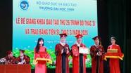 Trường Đại học Vinh trao bằng tiến sỹ và thạc sỹ năm 2020