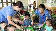 Trẻ mẫu giáo được hỗ trợ tiền ăn trưa bằng 10% mức lương cơ sở/trẻ/tháng