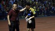 Thủ môn Bùi Tiến Dũng được HLV Park Hang Seo khen ngợi