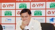 """Bỏ VFF, bầu Tú có nguy cơ """"thất nghiệp"""" ở VPF"""