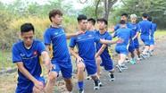 HLV Park Hang Seo nổi giận khi Olympic Việt Nam vẫn phải tập ở ngoài… đường