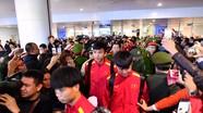 Hình ảnh đầu tiên tuyển Việt Nam trở về sẵn sàng cho trận chung kết lượt về