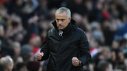 Bóng đá Việt Nam đối diện án phạt; Mourinho sắp có bến đỗ mới