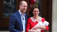 Công nương Kate lần đầu xuất hiện trước công chúng với hoàng tử bé