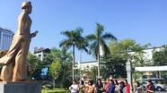 Dâng hoa, dâng  hương kỷ niệm 108 năm ngày sinh đồng chí Nguyễn Thị Minh Khai