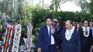 Thủ tướng đến Papua New Guinea bắt đầu chương trình dự APEC 26