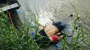 Bức ảnh cha con người di cư chết đuối khiến dư luận phẫn nộ