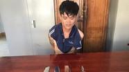 Thanh niên cầm dao đuổi chém nhiều người trong cơn 'ngáo đá'