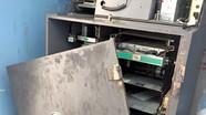 Tạm giữ người đàn ông nước ngoài cạy phá trụ ATM để trộm tiền