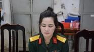 Bắt đối tượng nữ giả danh sỹ quan quân đội