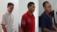 Ba người đàn ông bị khởi tố vì gây cháy rừng khi đốt tổ ong lấy mật
