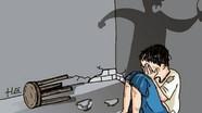 Công an vào cuộc vụ mẹ bạo hành con ruột