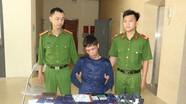 Bắt đối tượng buôn bán ma túy có vũ khí nóng tại thành phố Vinh  