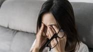 7 ảnh hưởng xấu khi bạn dụi mắt