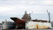Tàu sân bay Nga hư hại khi ụ nổi bị chìm