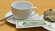 Đi du lịch nước ngoài, đưa tiền tip thế nào cho đúng?