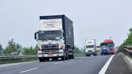 Ô tô tải từ 3,5 tấn trở lên phải dán dải phản quang để giảm TNGT