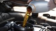 Có thể tự thay dầu động cơ xe ô tô tại nhà đúng chuẩn