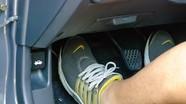 Cách tự điều chỉnh chân côn ô tô tại nhà