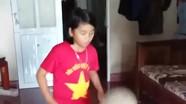 Thích thú với clip cô bé học sinh tiểu học Nghệ An tâng bóng điệu nghệ