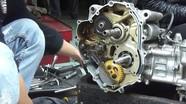 Những chiêu 'luộc khách' ngang nhiên của thợ sửa xe máy