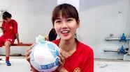 Vẻ đẹp 'nhìn mãi không chán' của nữ tuyển thủ Việt Nam đả bại Thái Lan