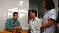 Truy tìm đối tượng hành hung bác sĩ