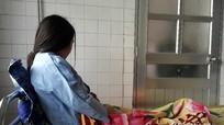 Vụ phụ huynh hành hung giáo sinh: Sở GD&ĐT Nghệ An có báo cáo chính thức  