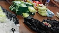 Cảnh sát vây bắt 2 người mang 26 kg ma túy từ Campuchia về Việt Nam