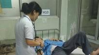 Nam điều dưỡng bị bác sĩ đánh nhập viện cấp cứu