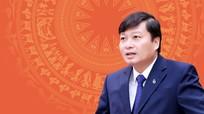 [Infographics] Chân dung Phó Chủ tịch UBND tỉnh Nghệ An Lê Hồng Vinh
