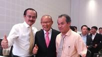 HLV Park Hang-seo hội ngộ bầu Đức tại Quảng Nam