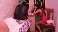 Nữ nhân viên spa ở Sài Gòn bán dâm cho khách nước ngoài