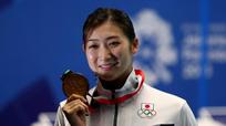 Thần đồng bơi lội 18 tuổi Nhật Bản bị ung thư máu