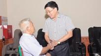 Phó Bí thư Tỉnh ủy Nguyễn Văn Thông thăm, tặng quà thương, bệnh binh, gia đình liệt sỹ
