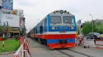 Mỗi ngày có 2 chuyến tàu khách Bắc - Nam dừng tại ga Vinh