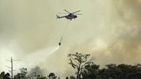 Chuyện trực thăng Việt Nam chở... gầu nước 4 tấn đi cứu hỏa tại Indonesia