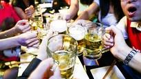"""Tranh luận """"nảy lửa"""" về thời gian cấm bán rượu, bia"""