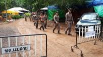 Đội bóng Thái Lan sẽ thoát khỏi hang Tham Luang vào 7 giờ tối nay?