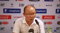 HLV Park Hang-seo: Tiến Dũng có tư chất là đội trưởng trận đấu với Oman