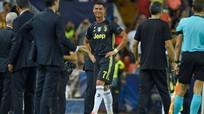 Ronaldo bị treo giò một trận sau thẻ đỏ ở Champions League
