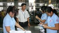 Người lao động vừa đi làm, vừa nghỉ ốm được hưởng tiền lương như thế nào?
