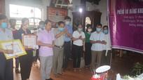 Truy tặng bằng khen của Chủ tịch UBND tỉnh Nghệ An và Thừa Thiên Huế cho sinh viên cứu bạn đuối nước