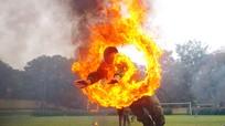 Trinh sát bay qua vòng lửa