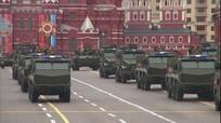Nga phô diễn nhiều khí tài quân sự mới từng thử nghiệm tại Syria