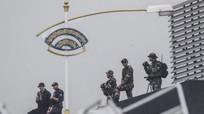 """""""Chim mồi"""" và lính bắn tỉa bảo vệ Tổng thống Trump tới Singapore"""