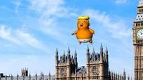 """Anh: Thả khí cầu """"bé Trump"""" phản đối chuyến thăm của Tổng thống Mỹ"""