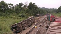 Tai nạn tàu hỏa thảm khốc, ít nhất 50 người chết